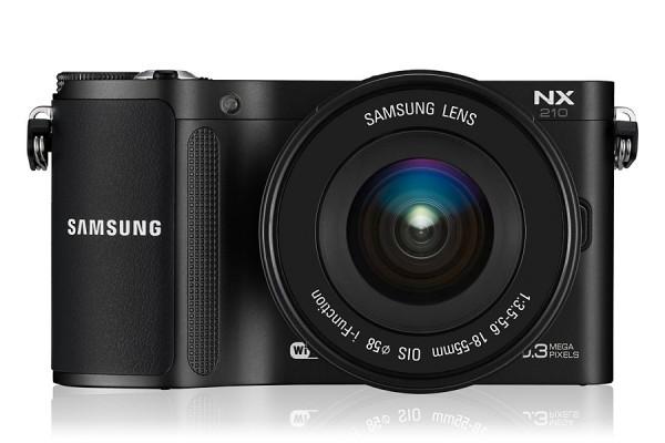 "FOTOCAMERA SAMSUNG NX210 21 Mpx DISPLAY 3"" AMOLED REFURBISHED NERA"