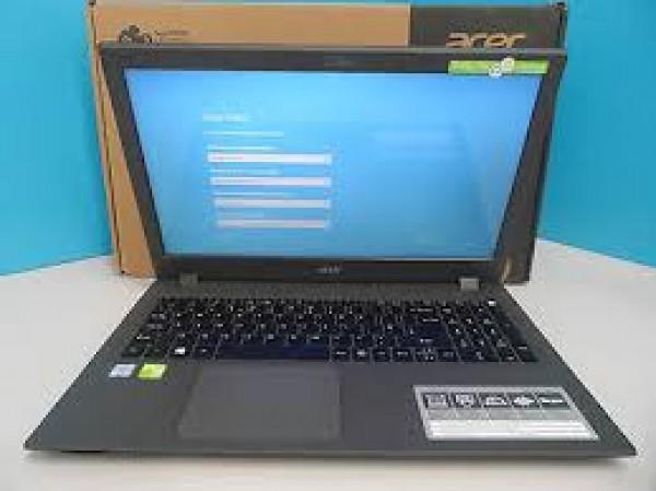 """NOTEBOOK ACER ASPIRE E 15 E5 574G 72EA INTEL CORE I7-6500U 8 GB DDR3 L 1 TB HDD 15.6""""  NVIDIA GEFORCE 920M WINDOWS 8.1 GARANZIA UFFICIALE ACER"""